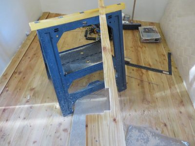 Cutting hardwood flooring to fit